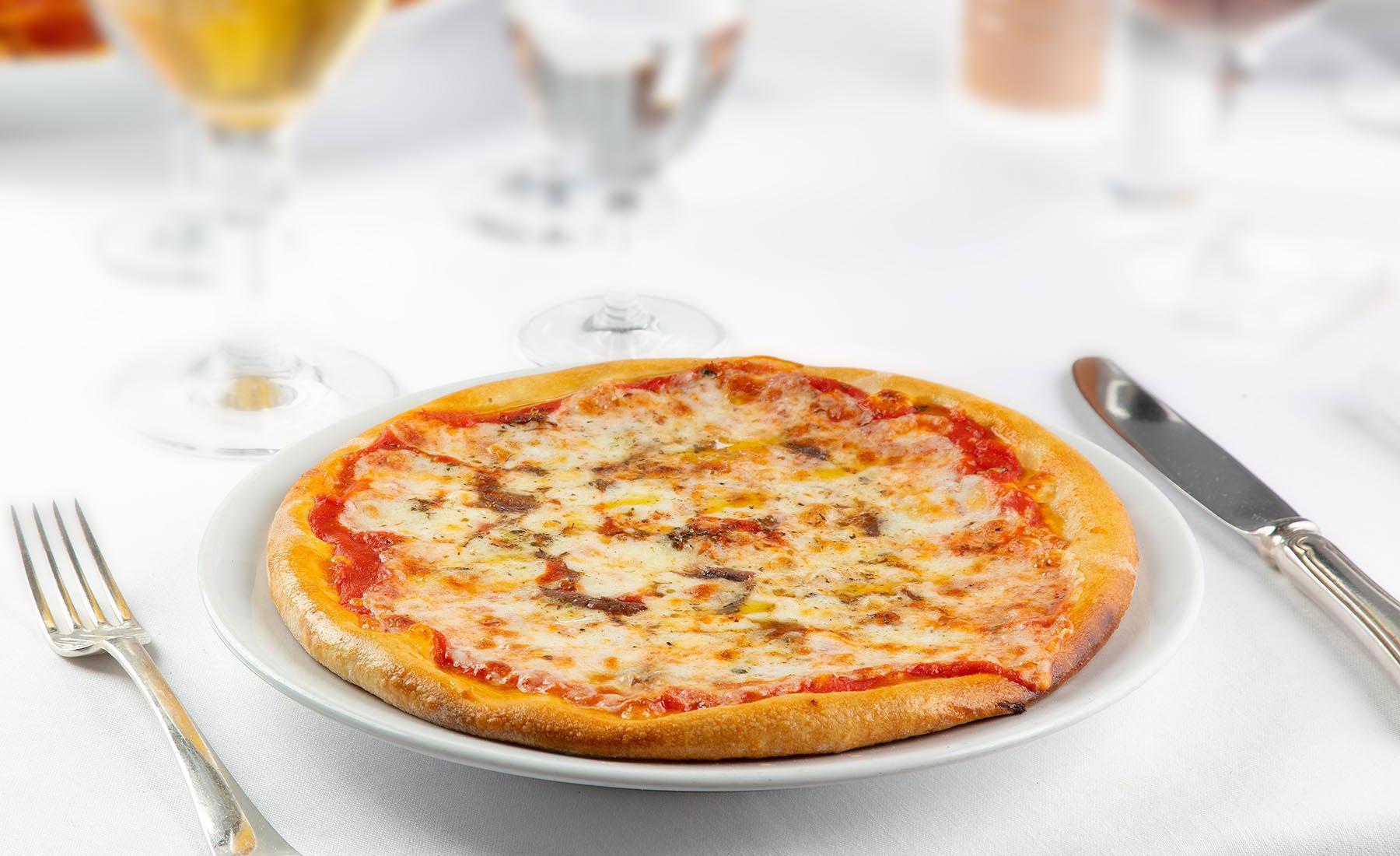 Pizza alla napoletana