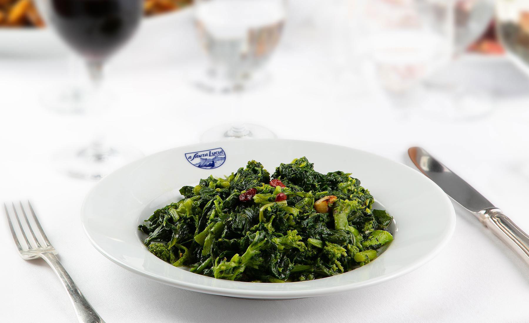 Cime di rape (tunip greens) oil, garlic and red pepper